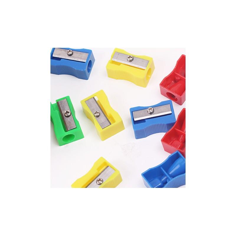 Kunststoff-Bleistiftspitzer, zufällige Farbe