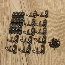 Mini bronskleurige kistsluiting, kistslot