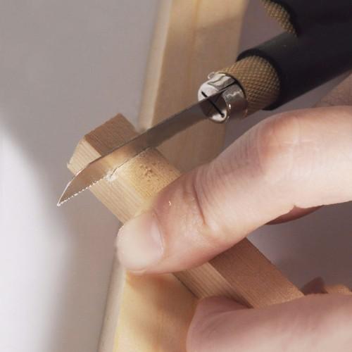 Mini, kleine Handsäge in Stiftform mit 2 Sägeblättern