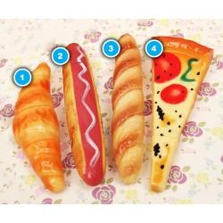 Vrolijke balpen in de vorm van een pizza
