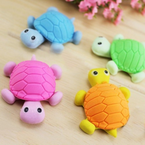 Funny turtle erasers (set of 4 pieces)