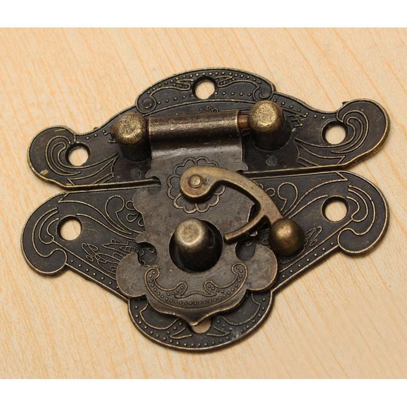 Antiek bronzen kistslot, kistsluiting met schroefjes