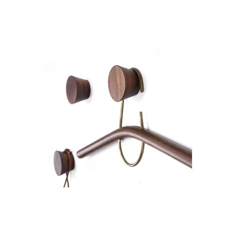 4 wooden clothes hooks, walnut (type 2)